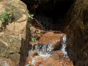 Источник натуральной природной воды